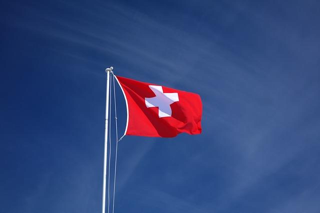 3 raisons de placer son épargne en Suisse en temps de crise